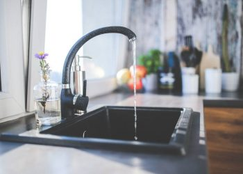 Ten water saving tips for your home